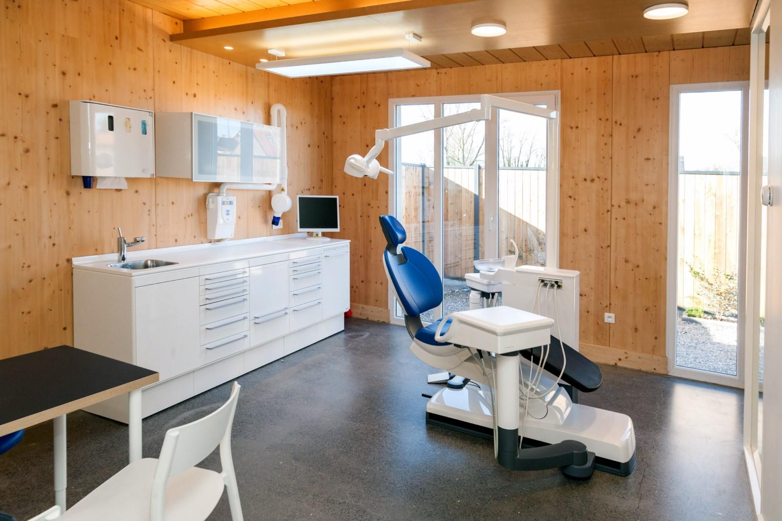 architecte Lille PLUX construction ossature bois béton patio maison médicale médecin infirmier psychologue sexologue (9)