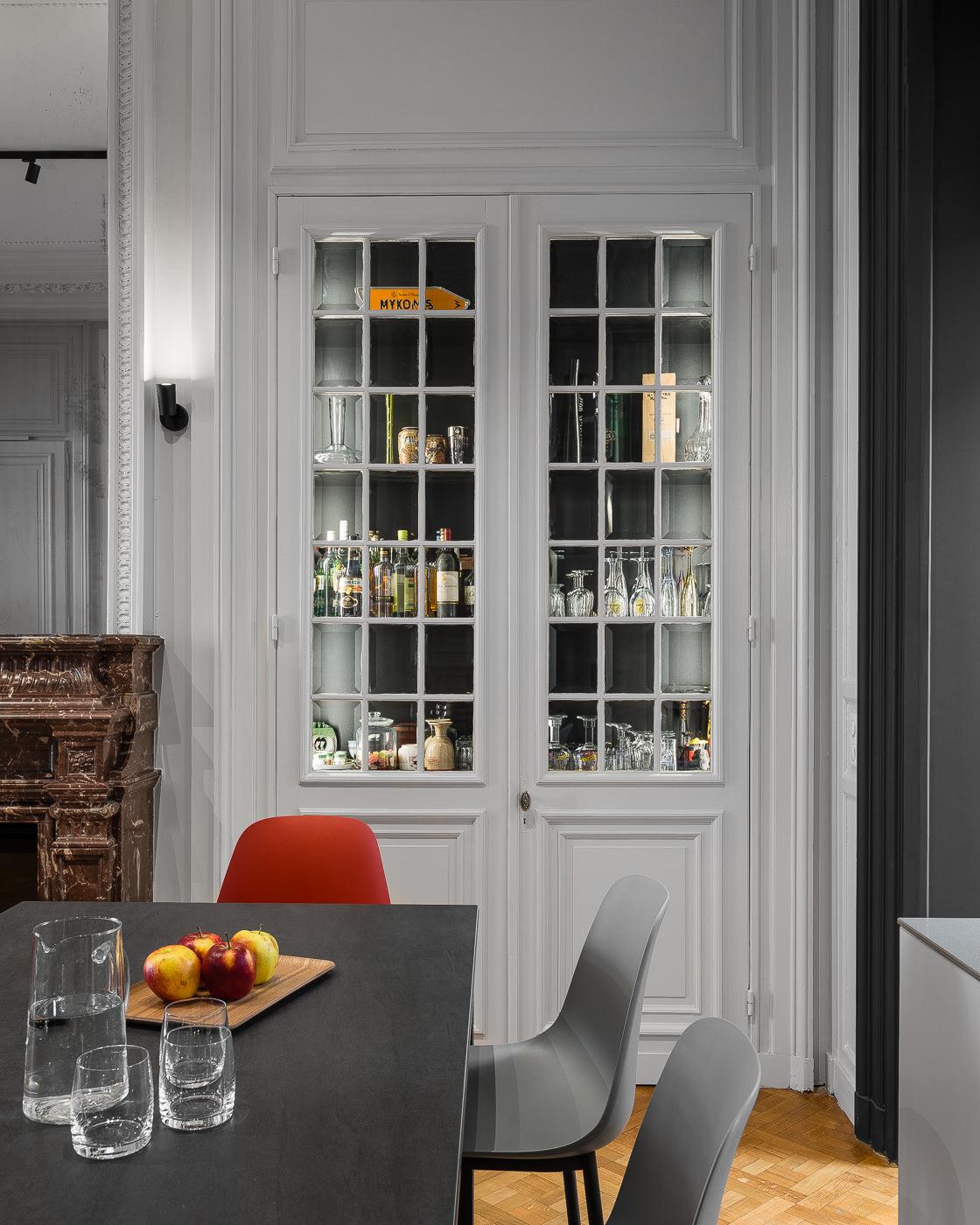 r novation et restructuration compl te d 39 un int rieur. Black Bedroom Furniture Sets. Home Design Ideas