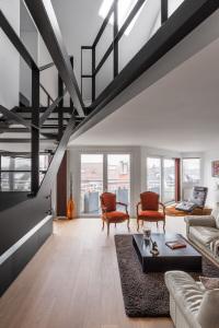 architecte lille PLUX loft duplex industriel poutre métal brut charpente parquet cuisine ilot piano à queue décoration intérieur (3)